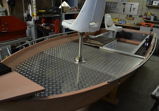 huntingteam nrw vertikalboot umbau 1. Black Bedroom Furniture Sets. Home Design Ideas